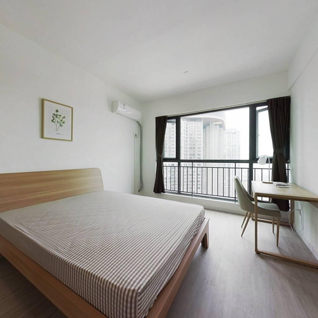 合租·绿地GIC 4室1厅 西卧室图