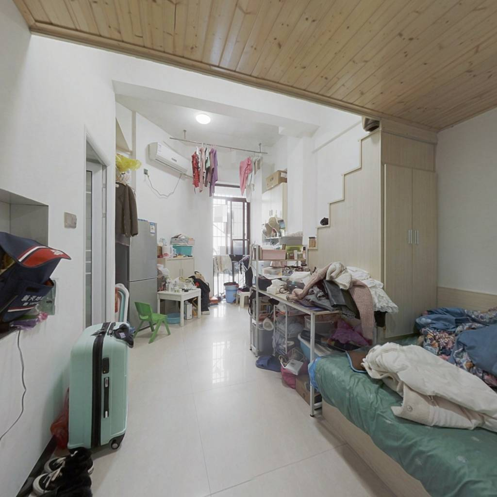湖湾世景 1室1厅 东