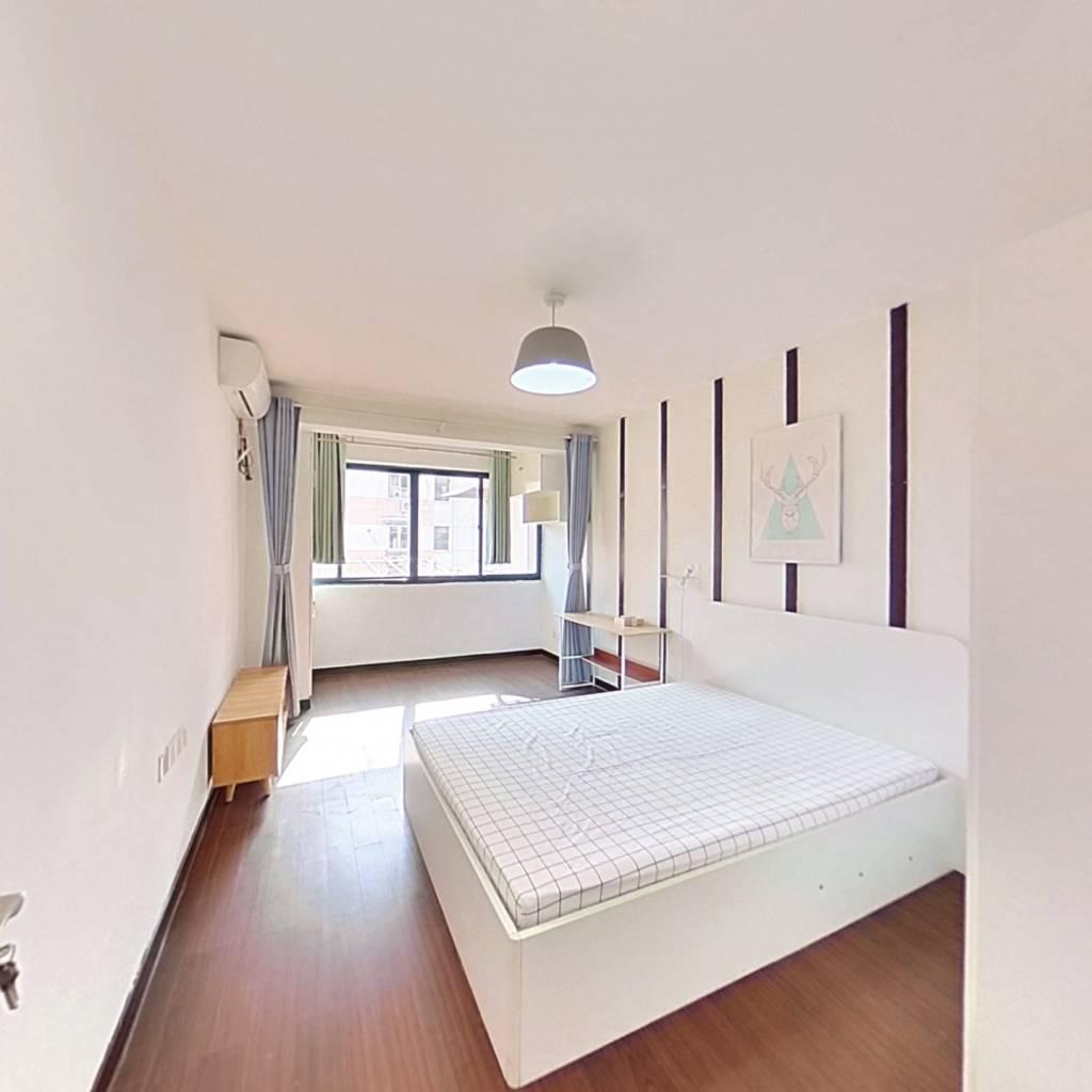整租·三门路358弄 2室1厅 南卧室图