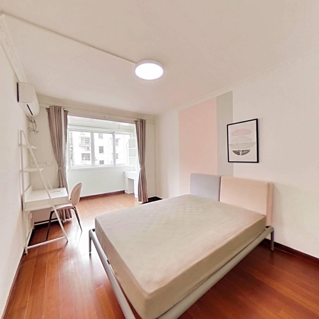 合租·静安新城四区 3室1厅 北卧室图