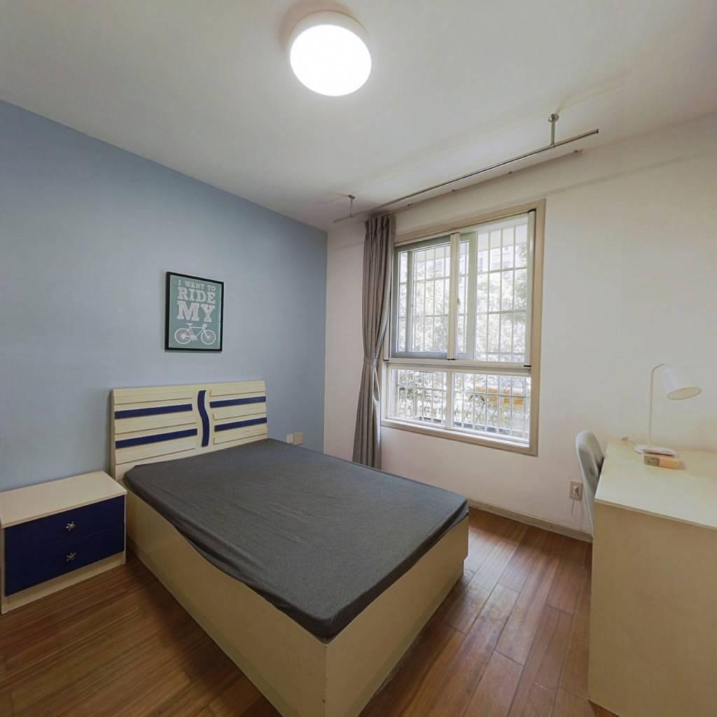合租·信义坊 4室1厅 南卧室图