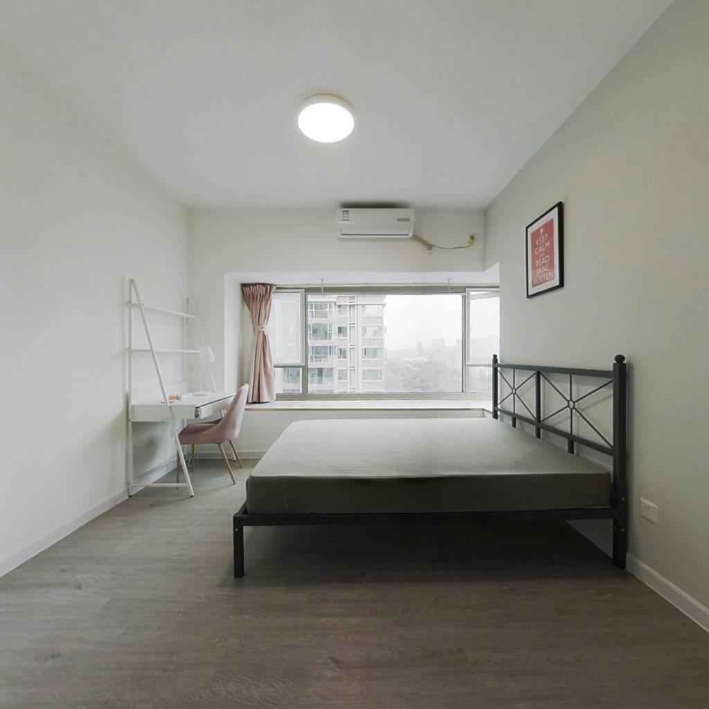 合租·南城都汇汇彩园 4室1厅 东卧室图
