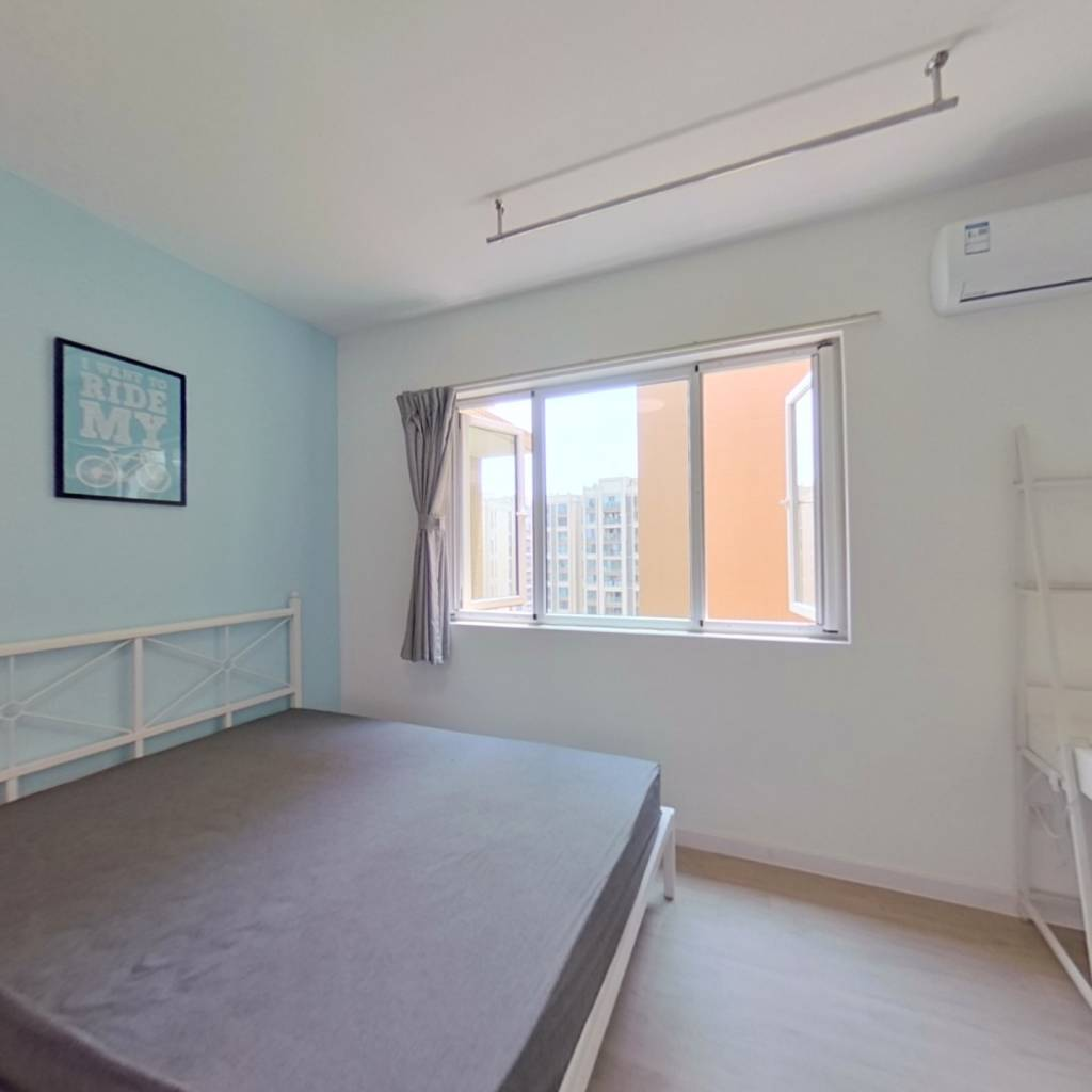 合租·瑞西光华 4室1厅 南卧室图