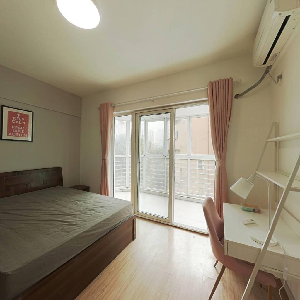 合租·中房蓝水湾 3室1厅 东卧室图