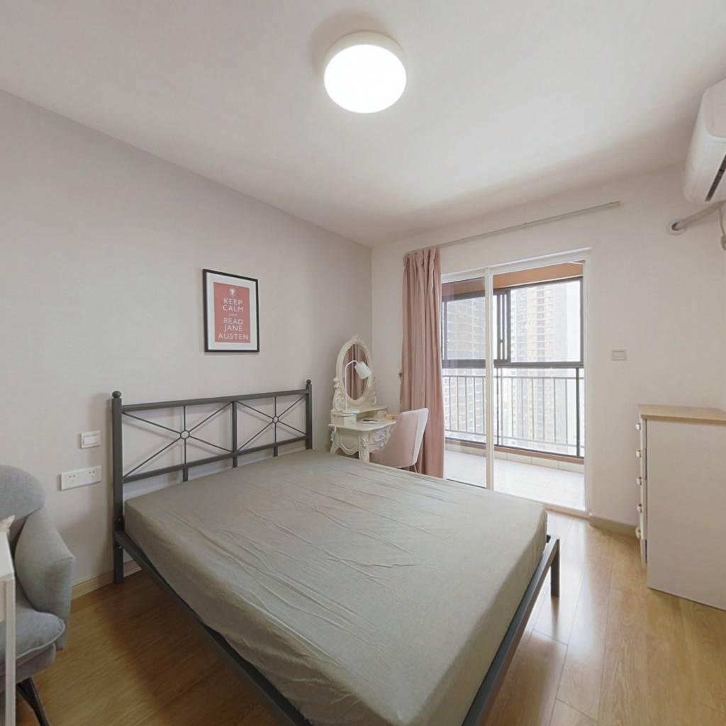 合租·万科汉口传奇悦庭 4室1厅 东卧室图