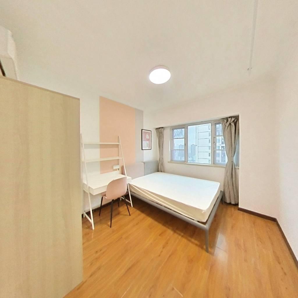合租·人信汇一期 3室1厅 南卧室图