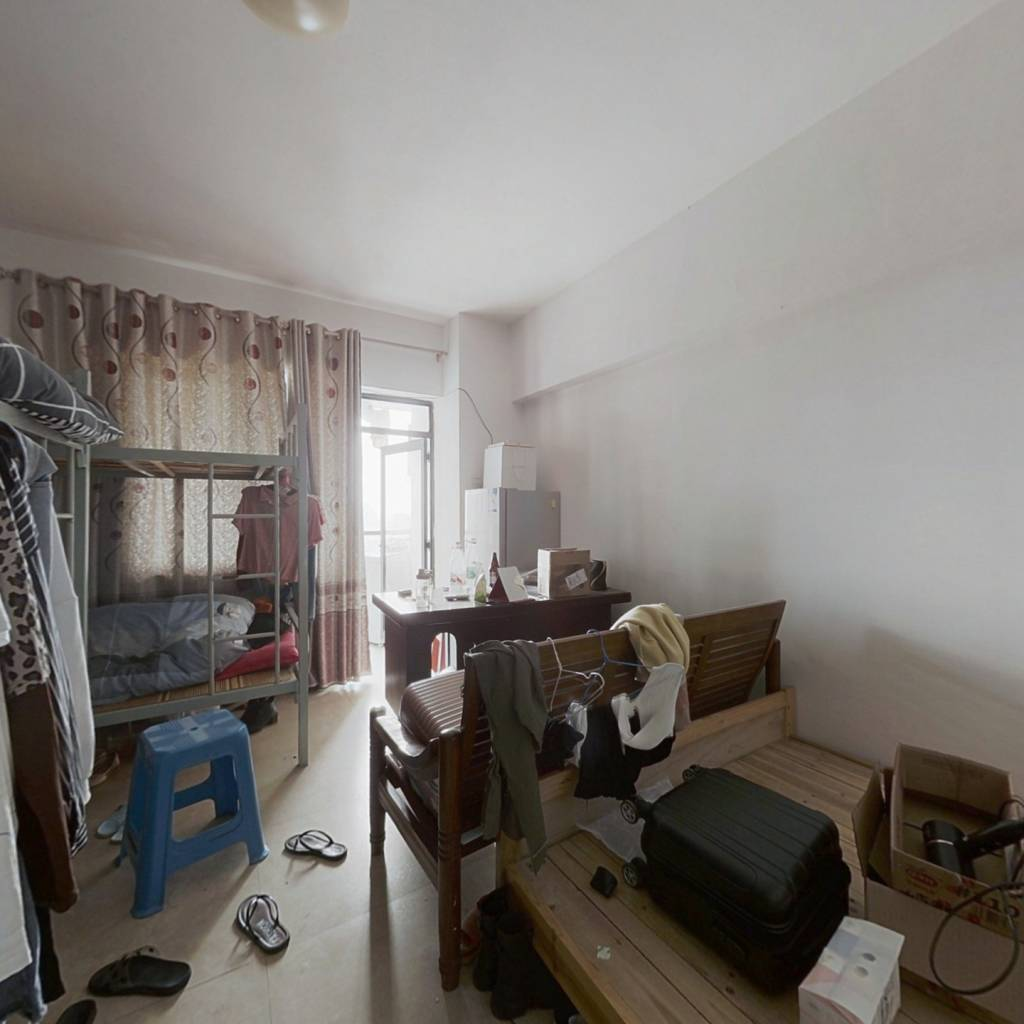 童乐嘉园 1室1厅 东南