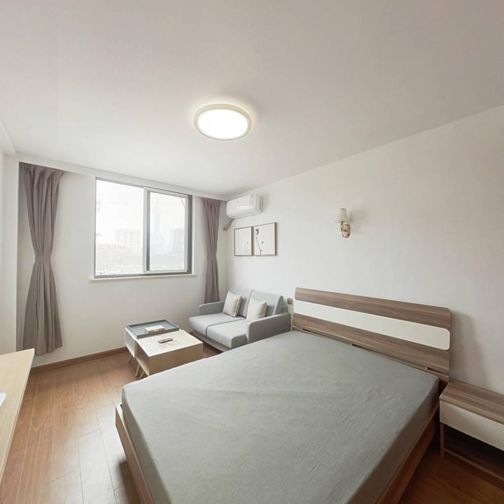 整租·恒丰大楼(黄浦) 1室1厅 东卧室图