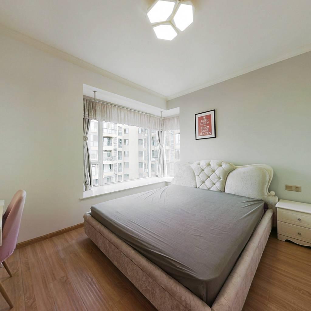 合租·比华利国际城二期 4室1厅 西卧室图