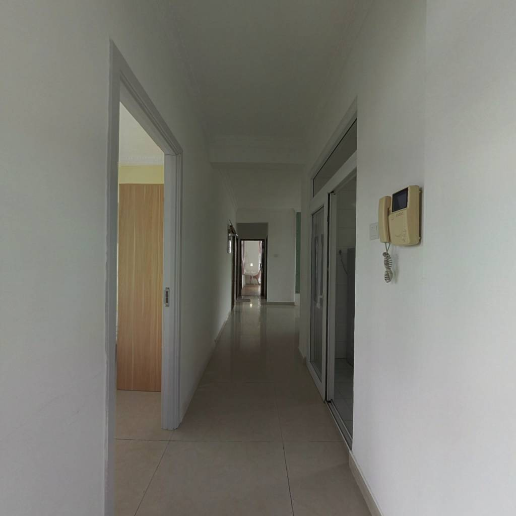 合租·桃源居七区 5室1厅 南卧室图