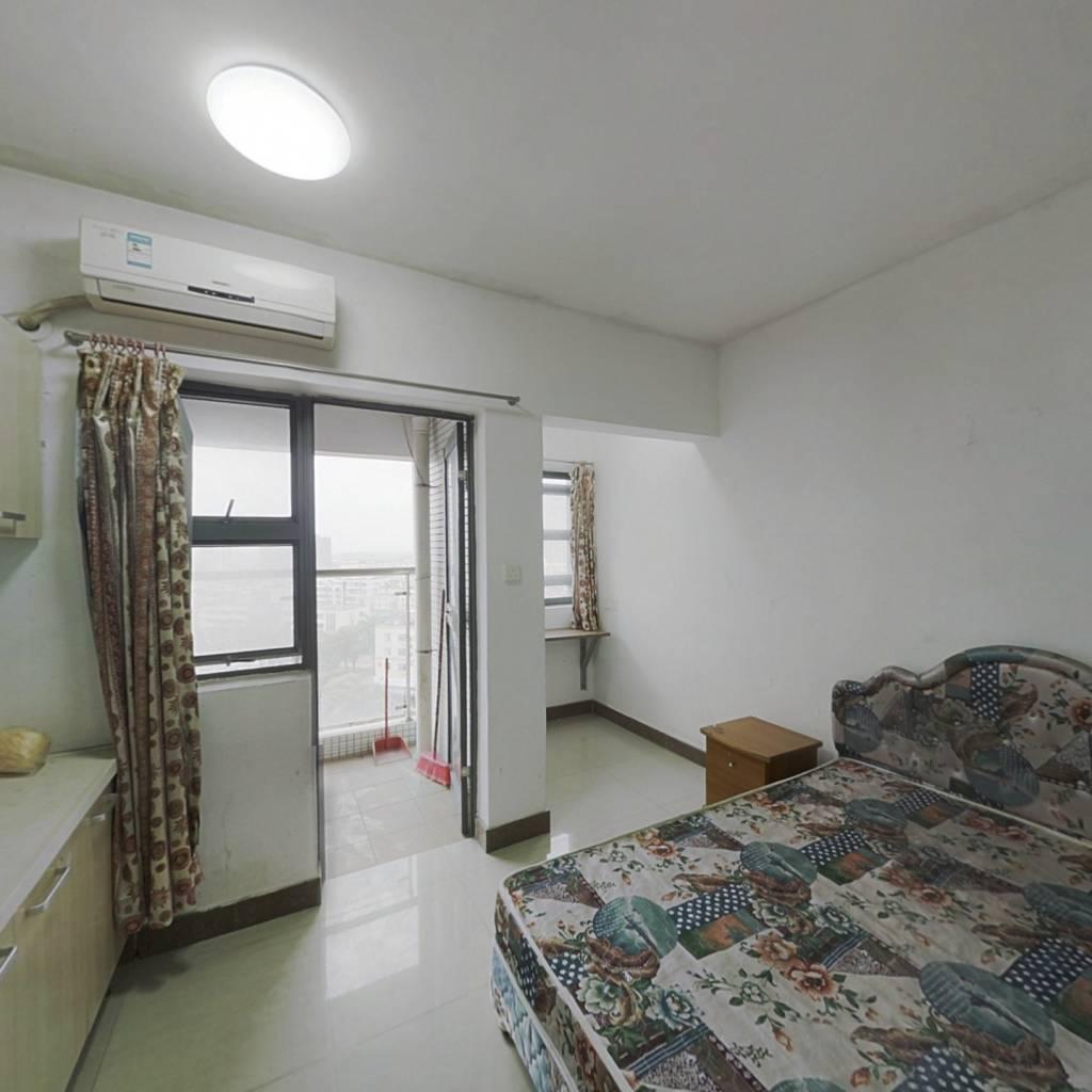 东润领寓单身公寓,户型方正,入住率高