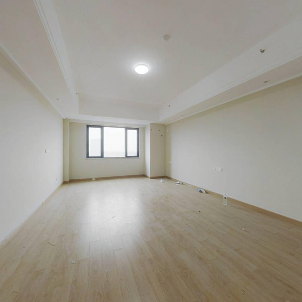 精装公寓,价格美丽,楼层好,采光好。