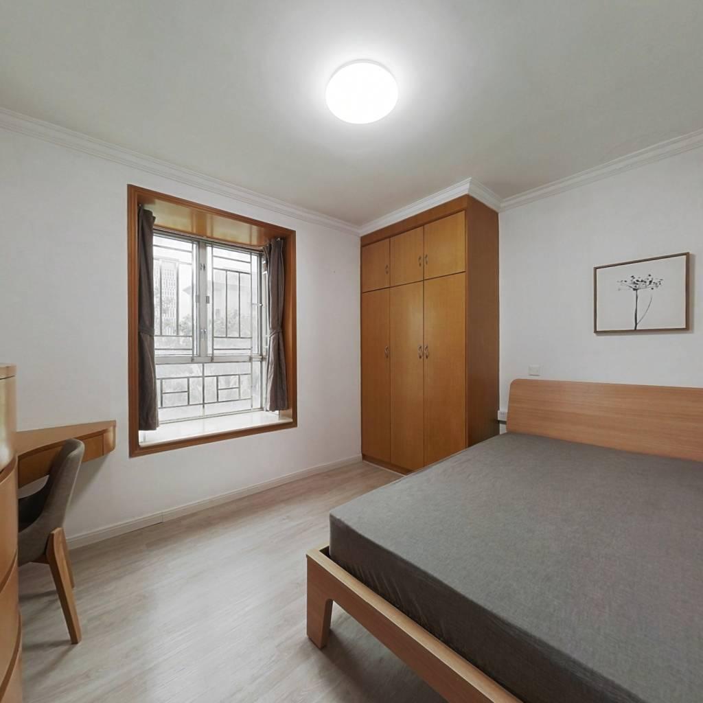 整租·汇龙花园 2室1厅 南卧室图