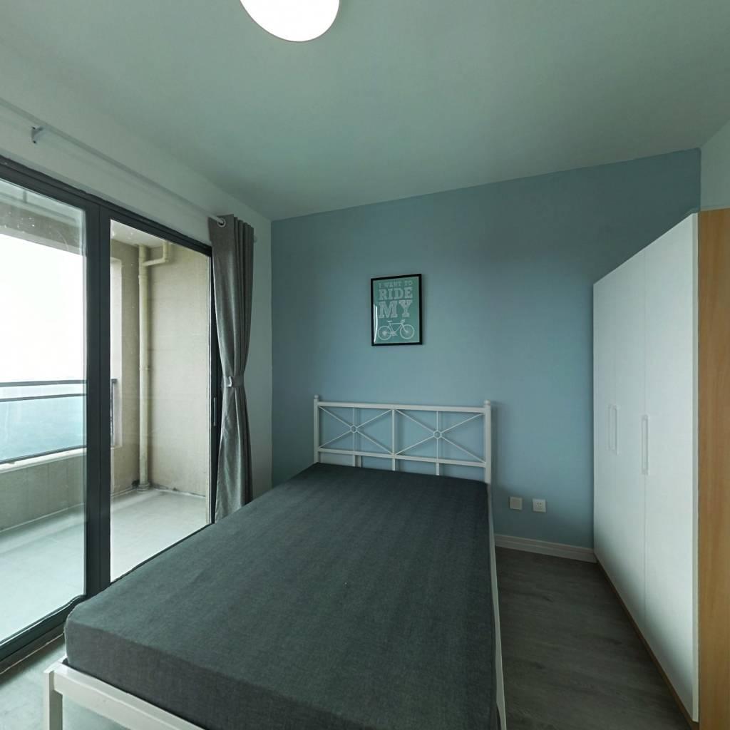 合租·御龙山二期 3室1厅 东南卧室图