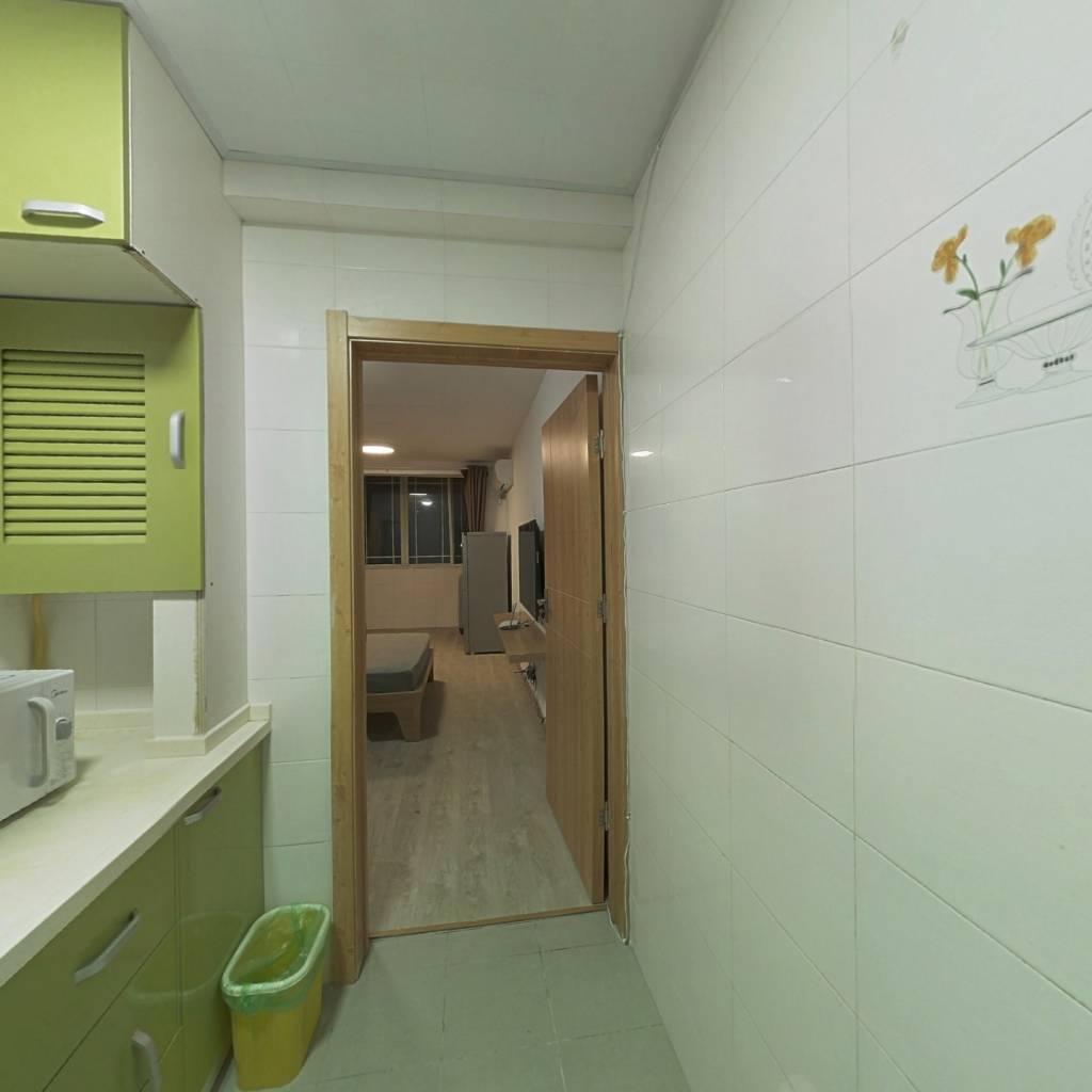 整租·三门路24弄 1室1厅 南卧室图