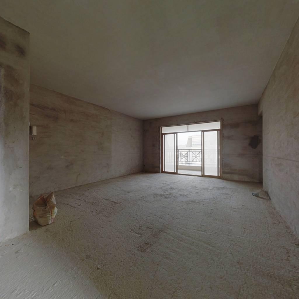 海伦堡弘诚厚园 4室2厅 东南