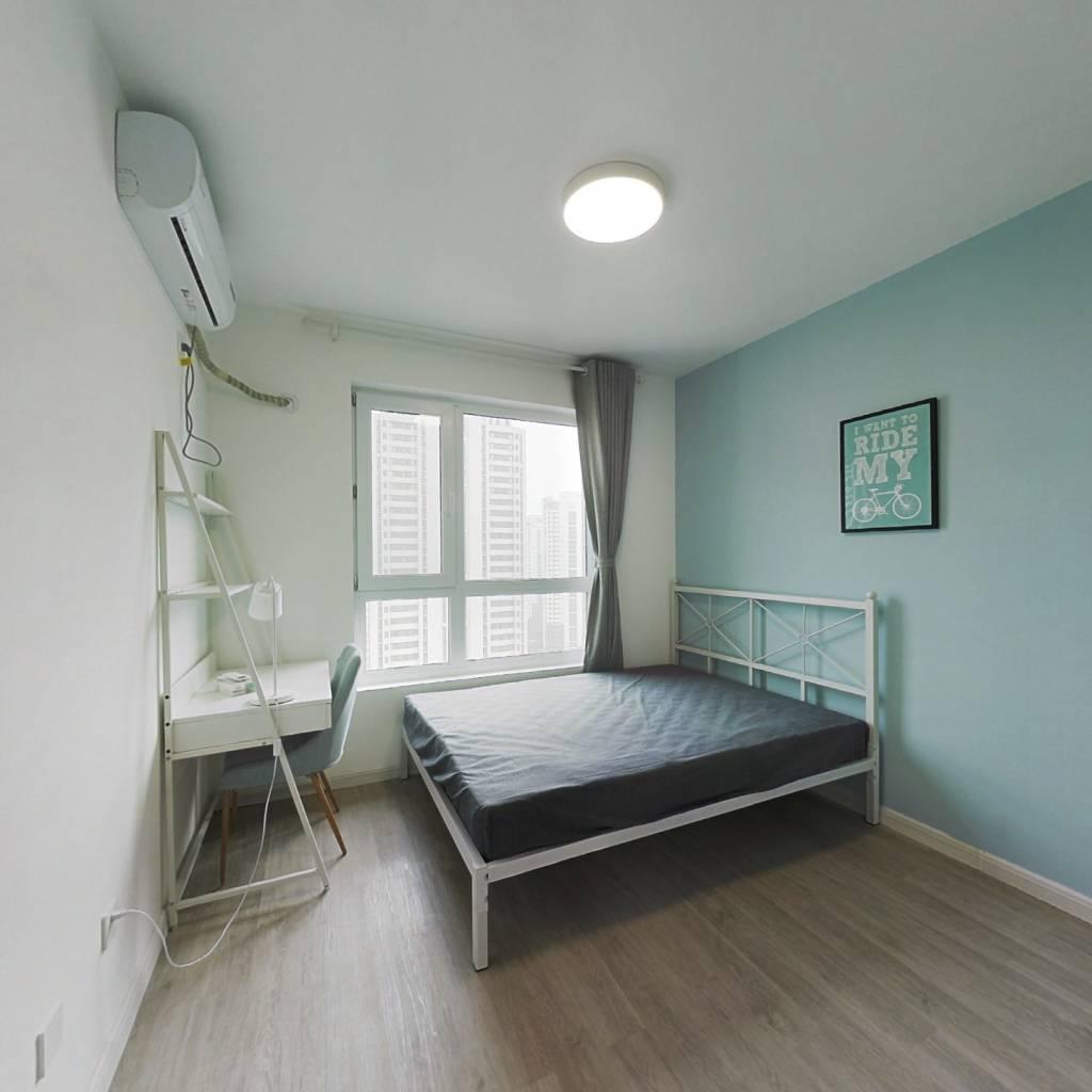 合租·河东融科瀚棠 3室1厅 南卧室图