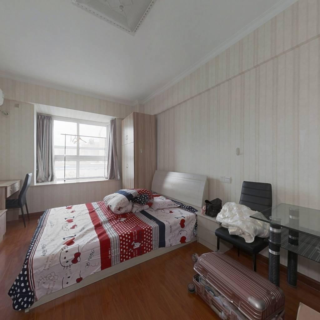 此房公寓 简单装修 东北朝向 楼层好