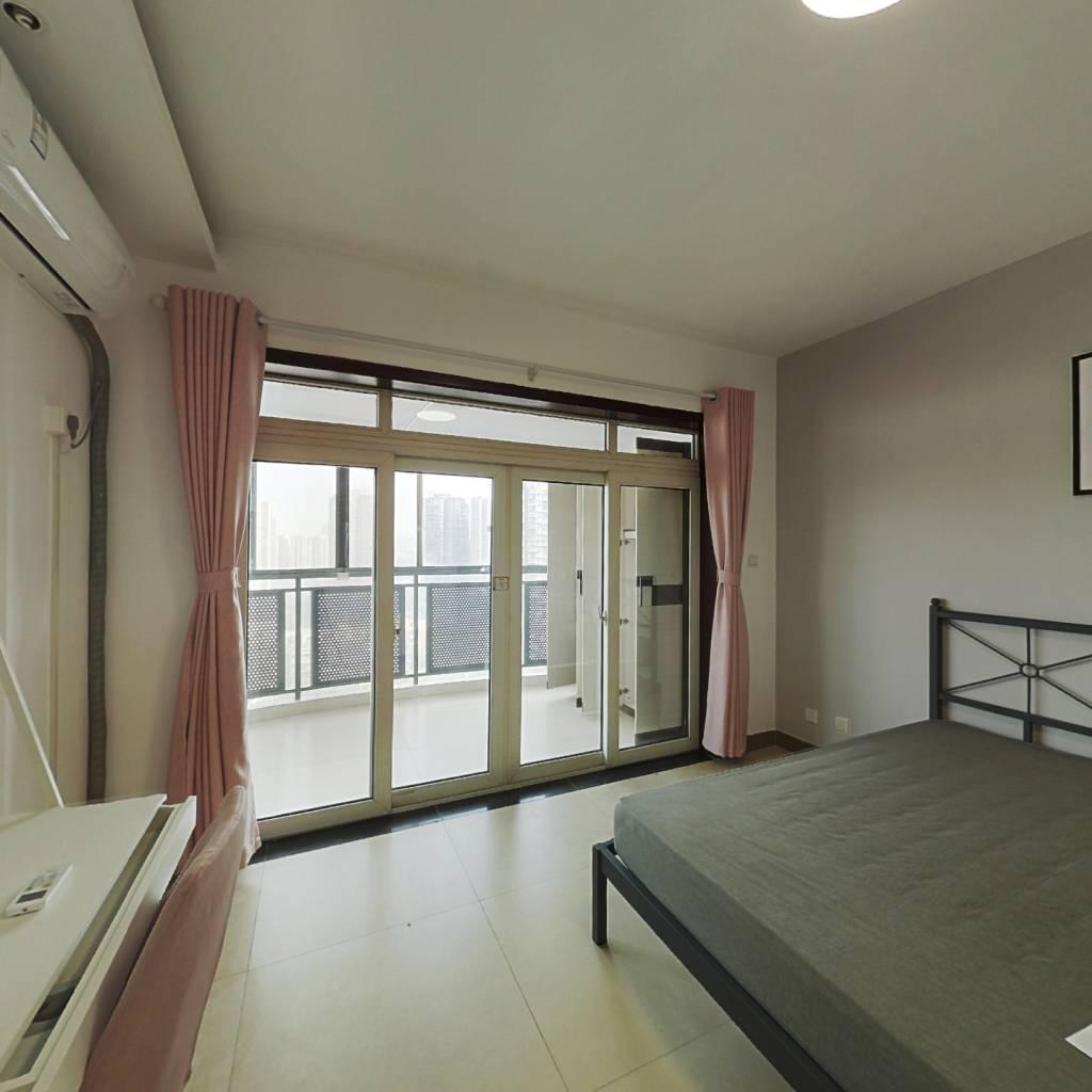 合租·千居朝阳 3室1厅 东南卧室图