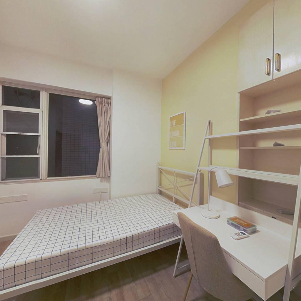 合租·碧海湾 4室1厅 西卧室图