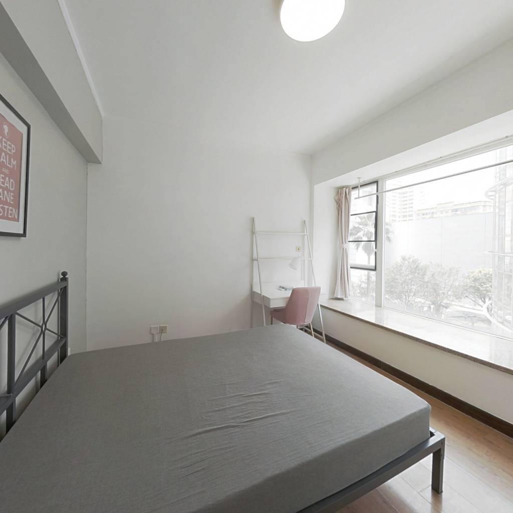 合租·东方新世界 3室1厅 西卧室图