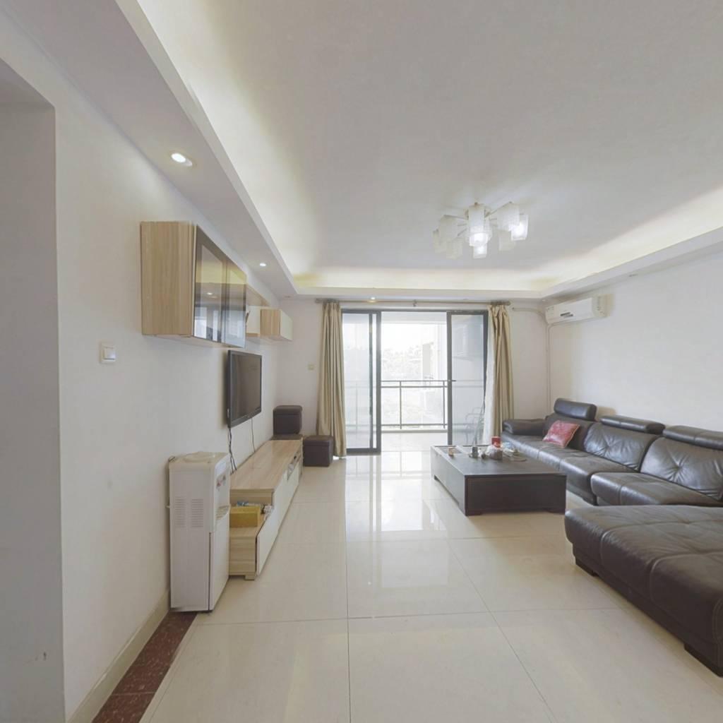 :此房楼层好,视野宽阔,采光充足,交通便利。