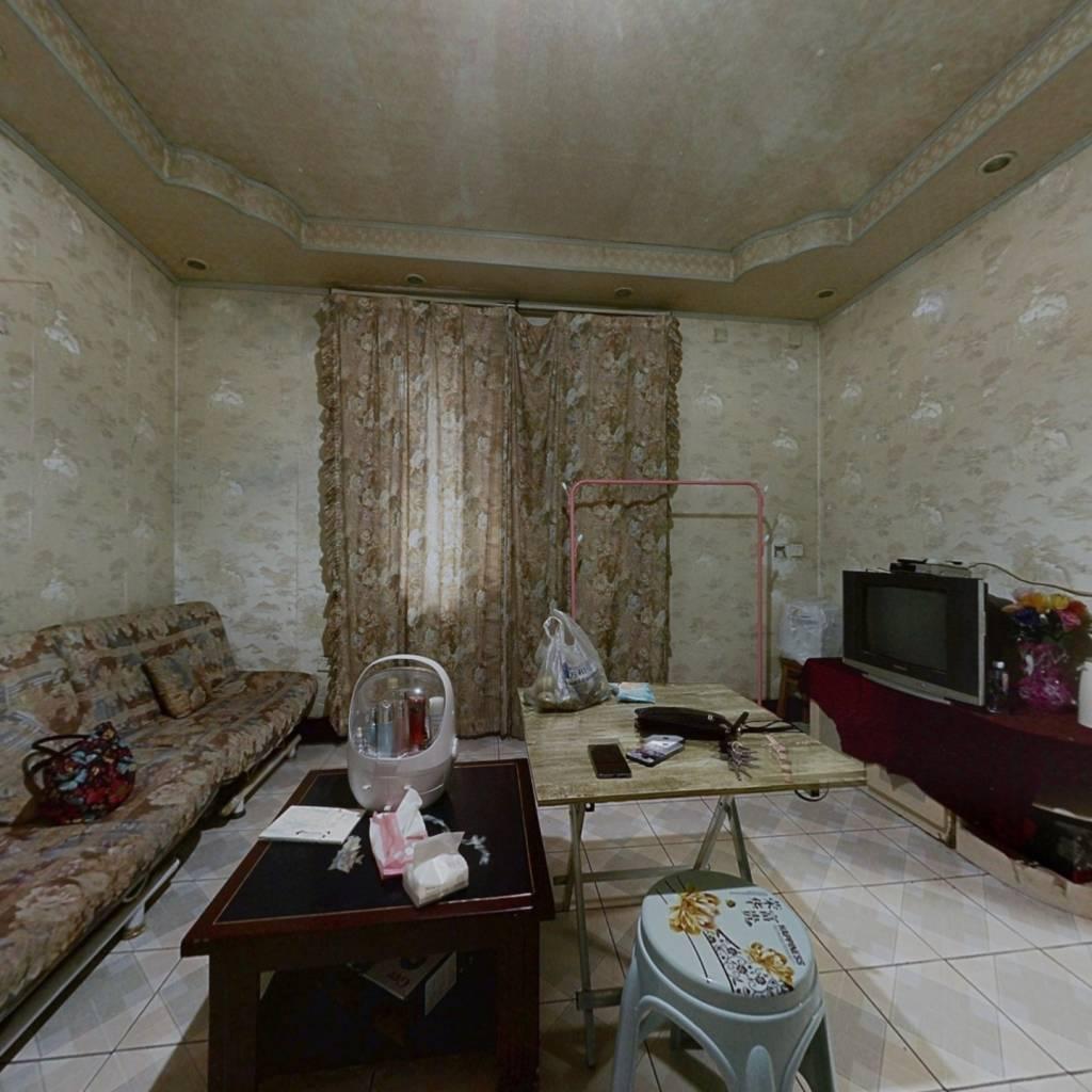 大古井街(原鑫元宾馆) 1室1厅 48.8万