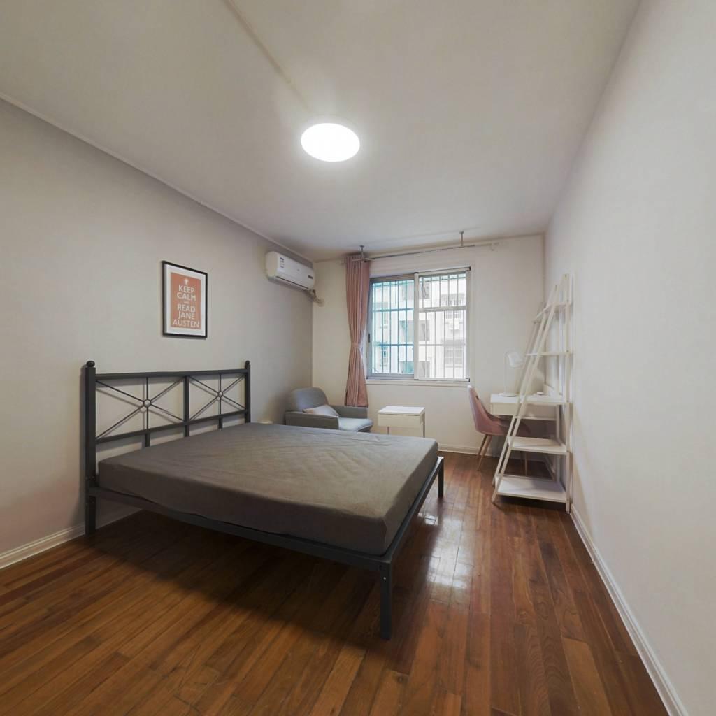 合租·东园小区 4室1厅 南卧室图