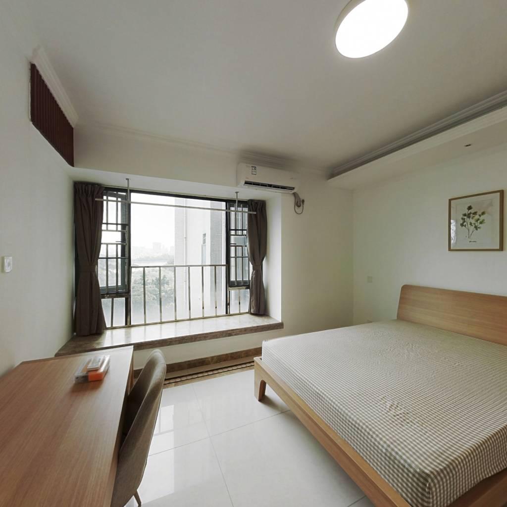 合租·保利西子湾 5室1厅 东卧室图