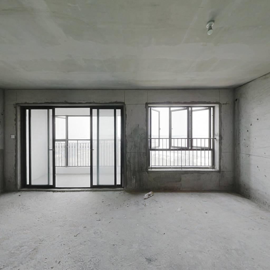 一梯一户,南北通双阳台,满两年少税费
