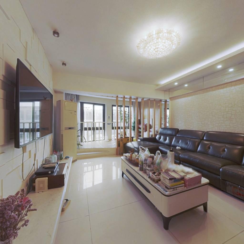 东湖馨园 经典复式房 自带露台 实用160平