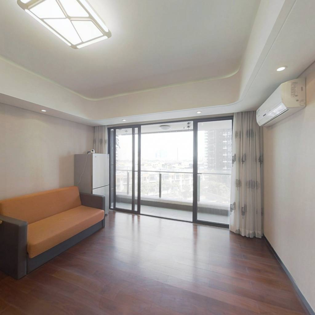 中信红树湾  看河景的一房一厅带阳台