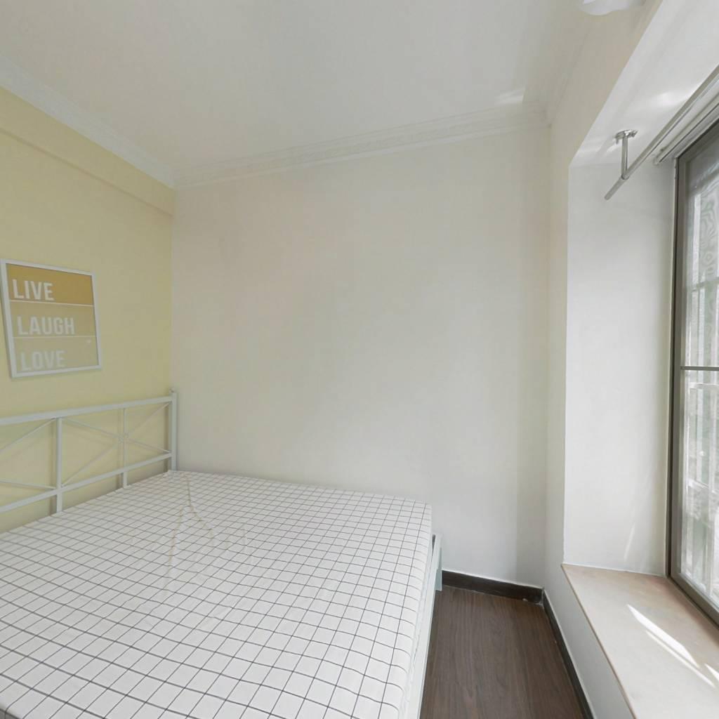 合租·天河北苑 3室1厅 东北卧室图