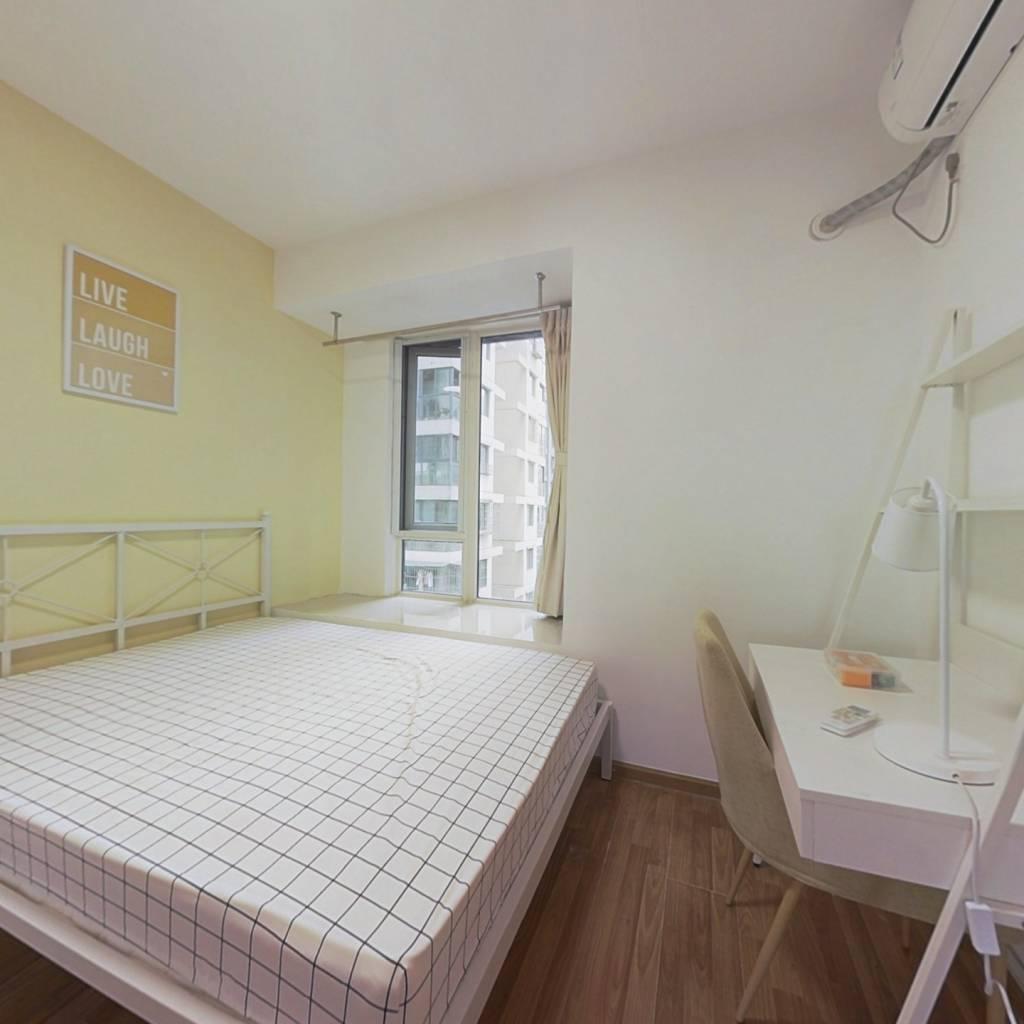 合租·金科一城 4室1厅 南卧室图