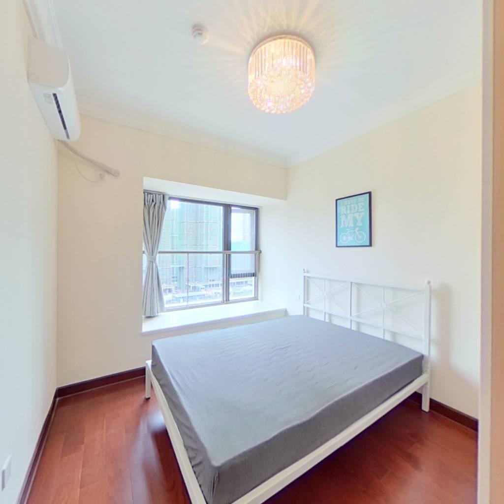 合租·恒大天府半岛三期 4室1厅 南卧室图