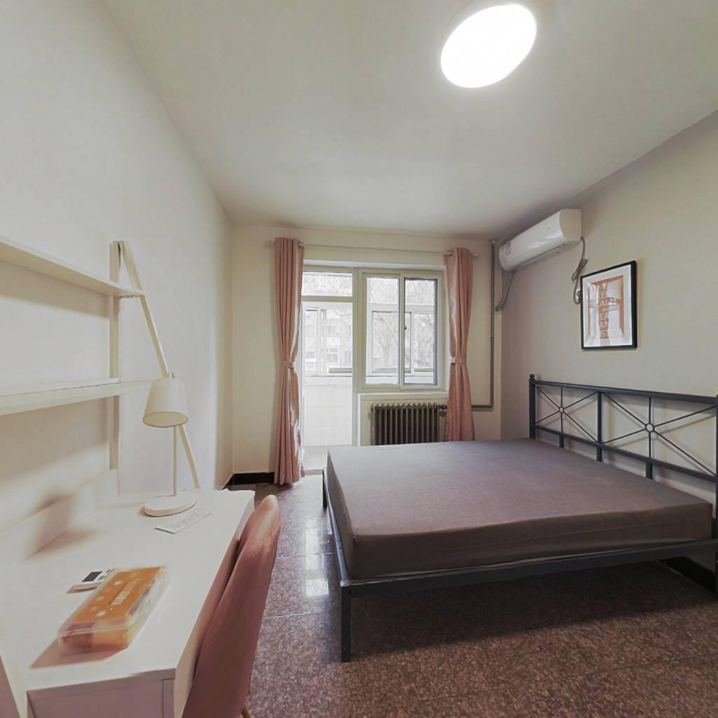 合租·建明里小区 3室1厅 南卧室图