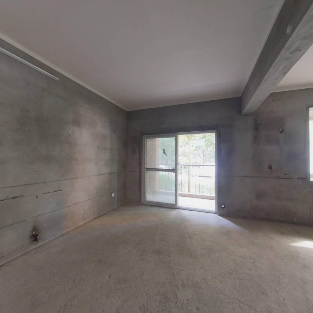 万象新城 双阳台 正规三房 前后可自己做绿化 老证