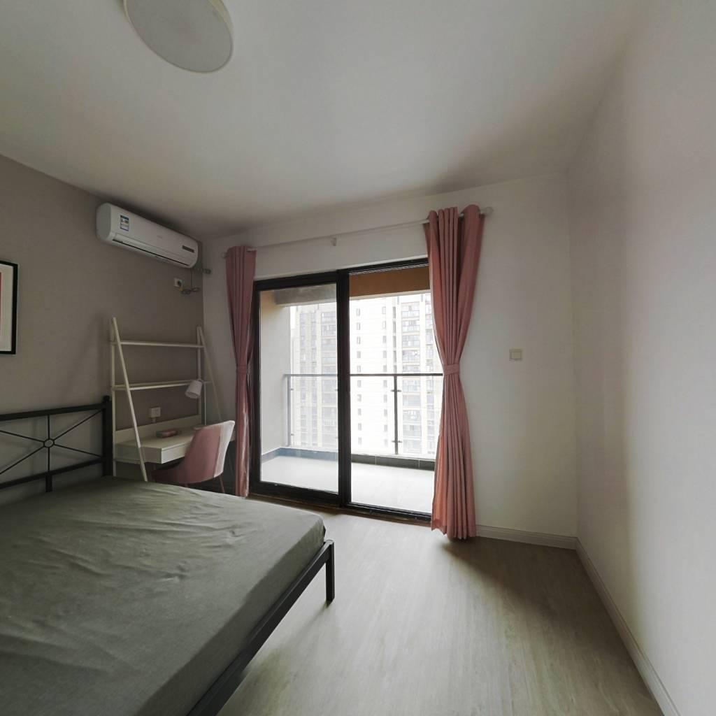 合租·海赋江城天韵 4室1厅 南卧室图