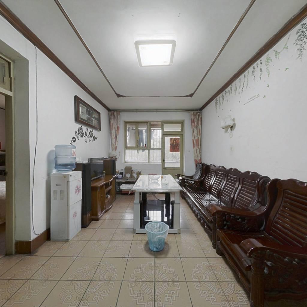 乌当区政法宿舍 2室1厅 南 北