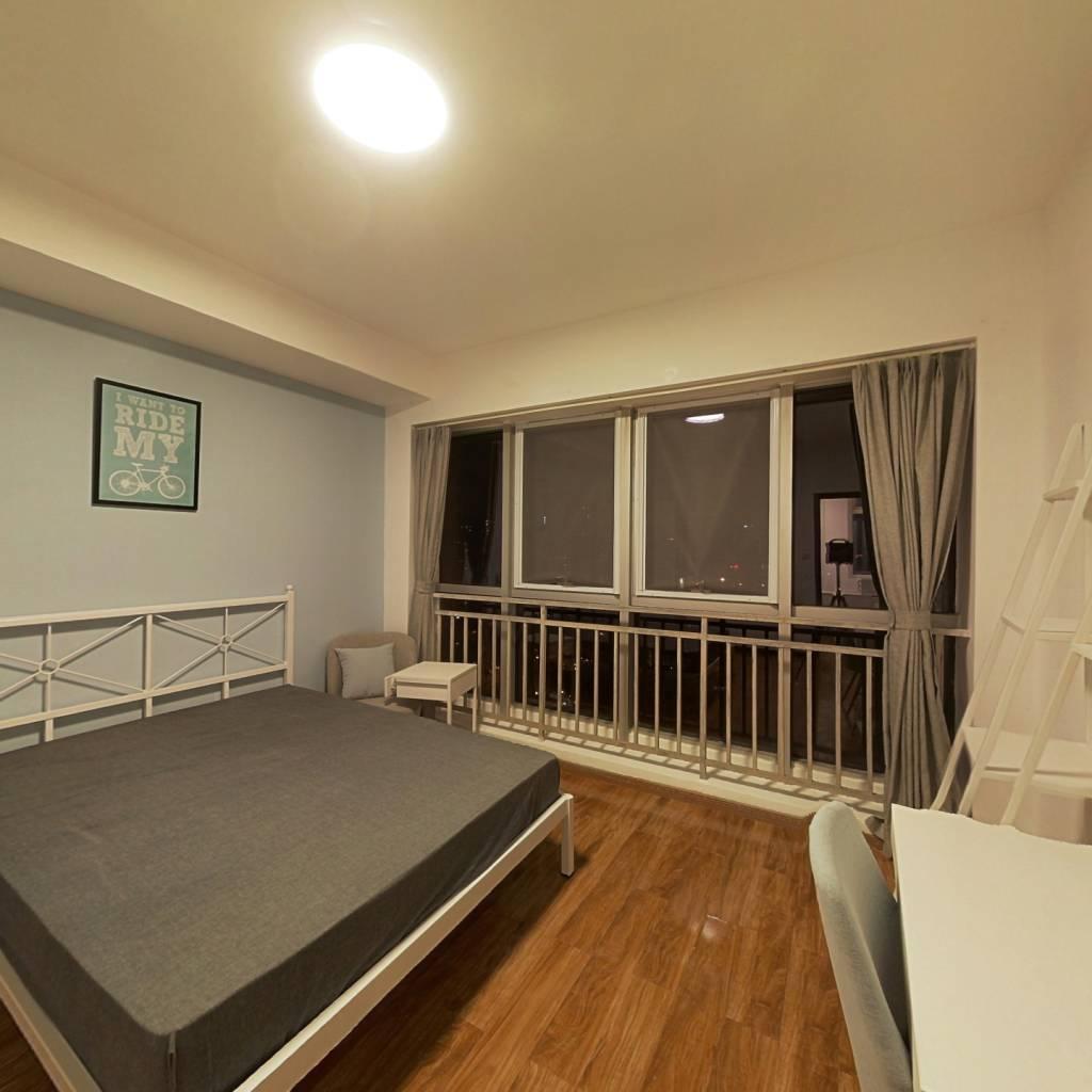 合租·摩根中心 3室1厅 东南卧室图