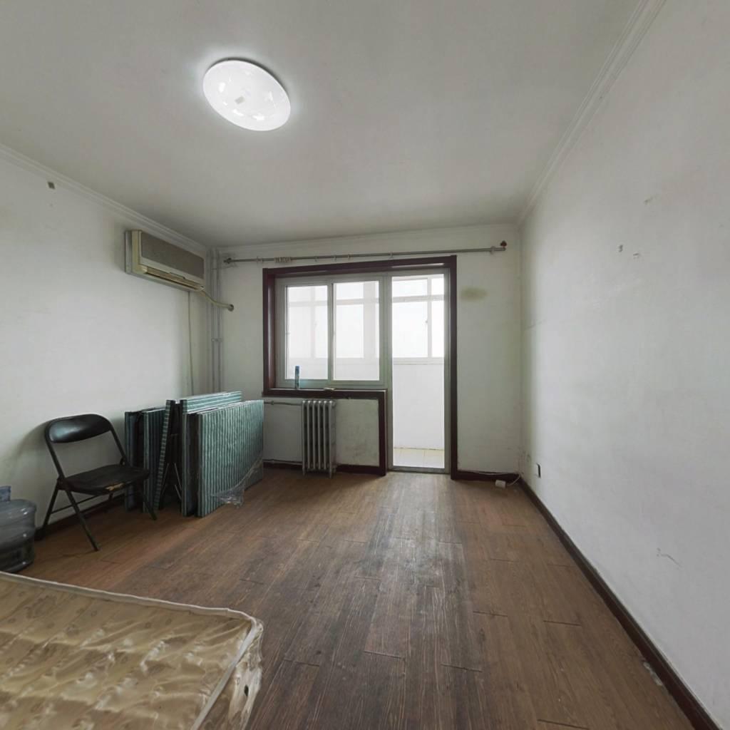 满五年唯一住宅 诚意出售 看房有钥匙 价钱有商量