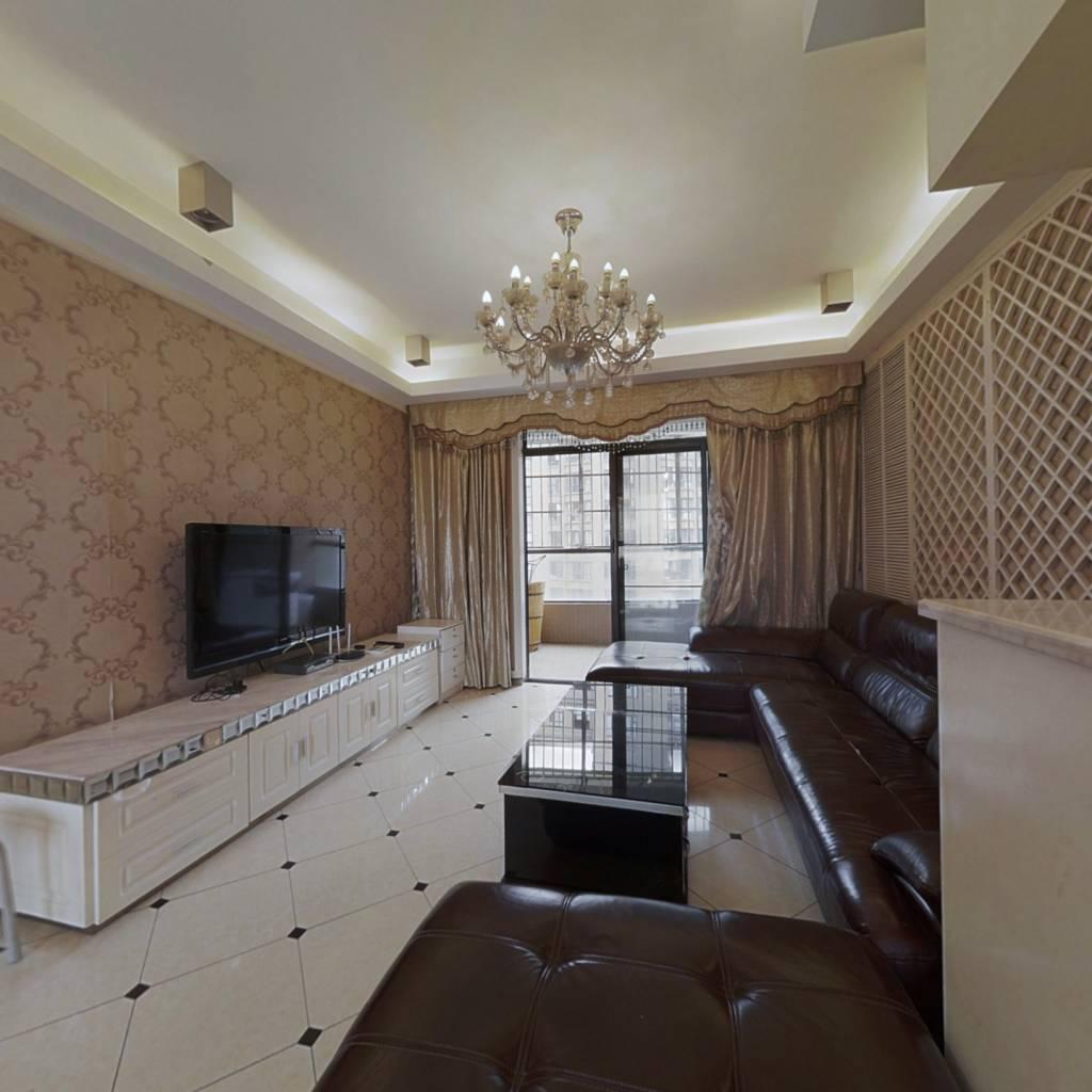 房子是静安上城小户型的三房   通透效果很好 诚心出售
