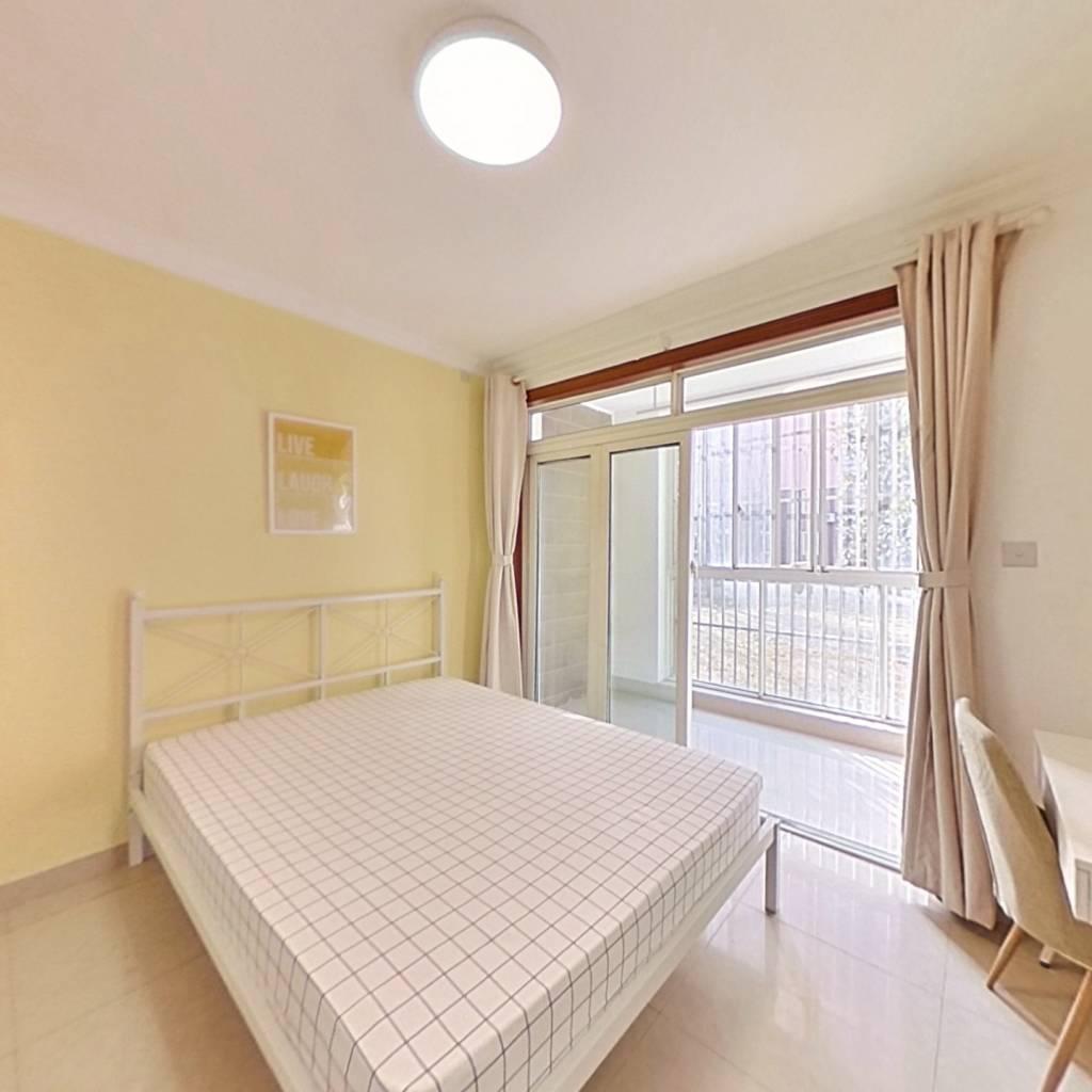 合租·爱博二村 3室1厅 南卧室图