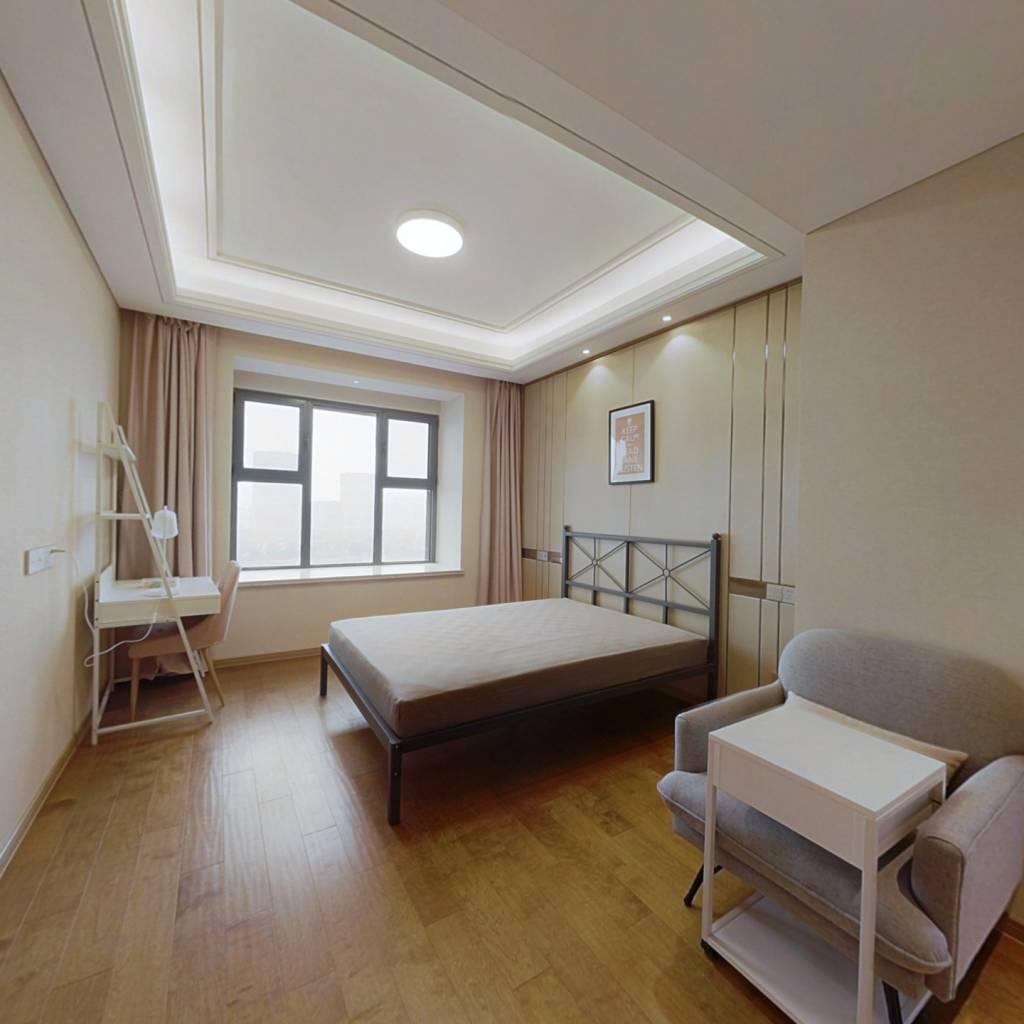 合租·绿地玉晖 5室1厅 南卧室图