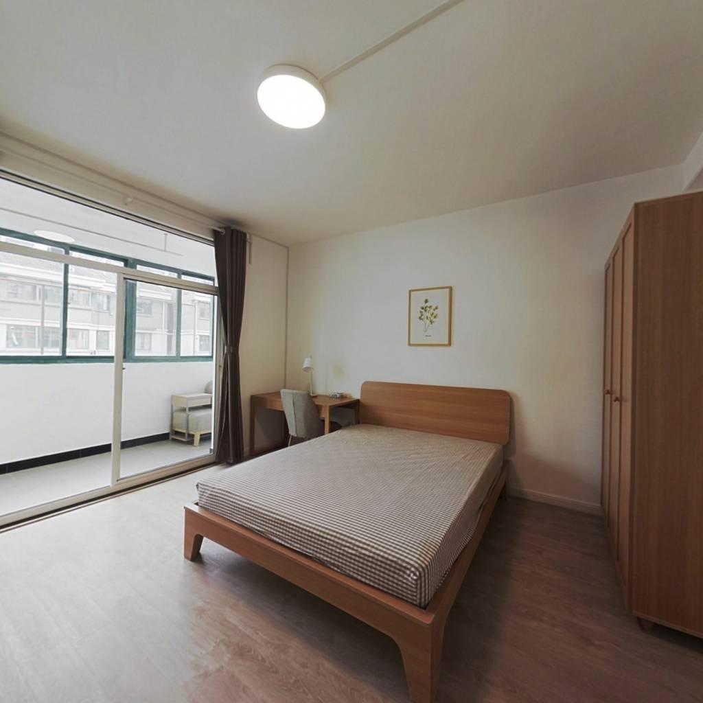 合租·天景山公寓景秀苑 4室1厅 南卧室图