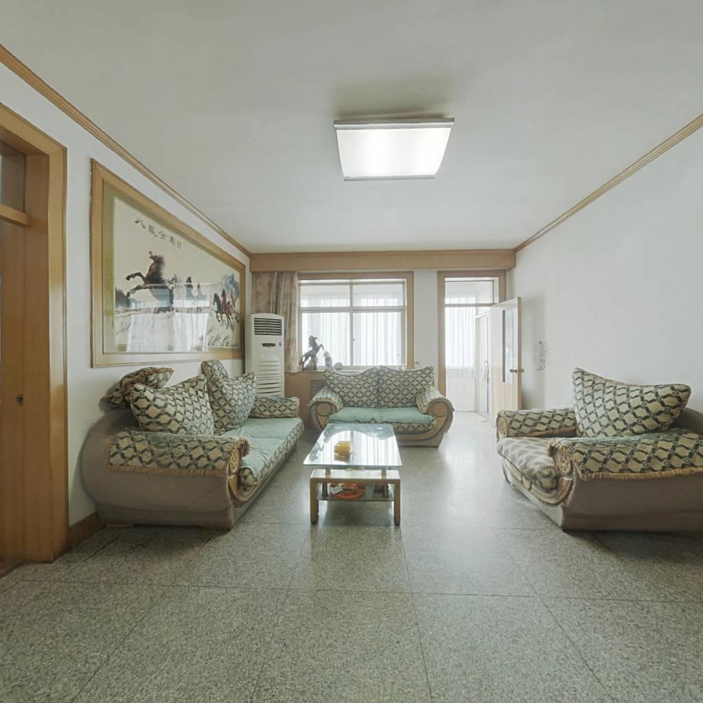 一印单位宿舍+双气+三室+两室朝阳+中间楼层+看房方便
