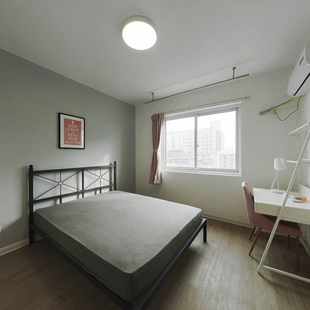 合租·三塘菊园 3室1厅 东卧室图