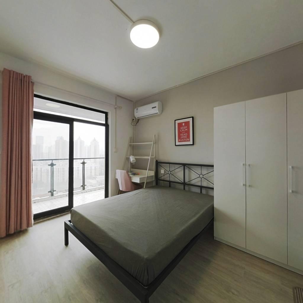 合租·大江天际 5室1厅 南卧室图