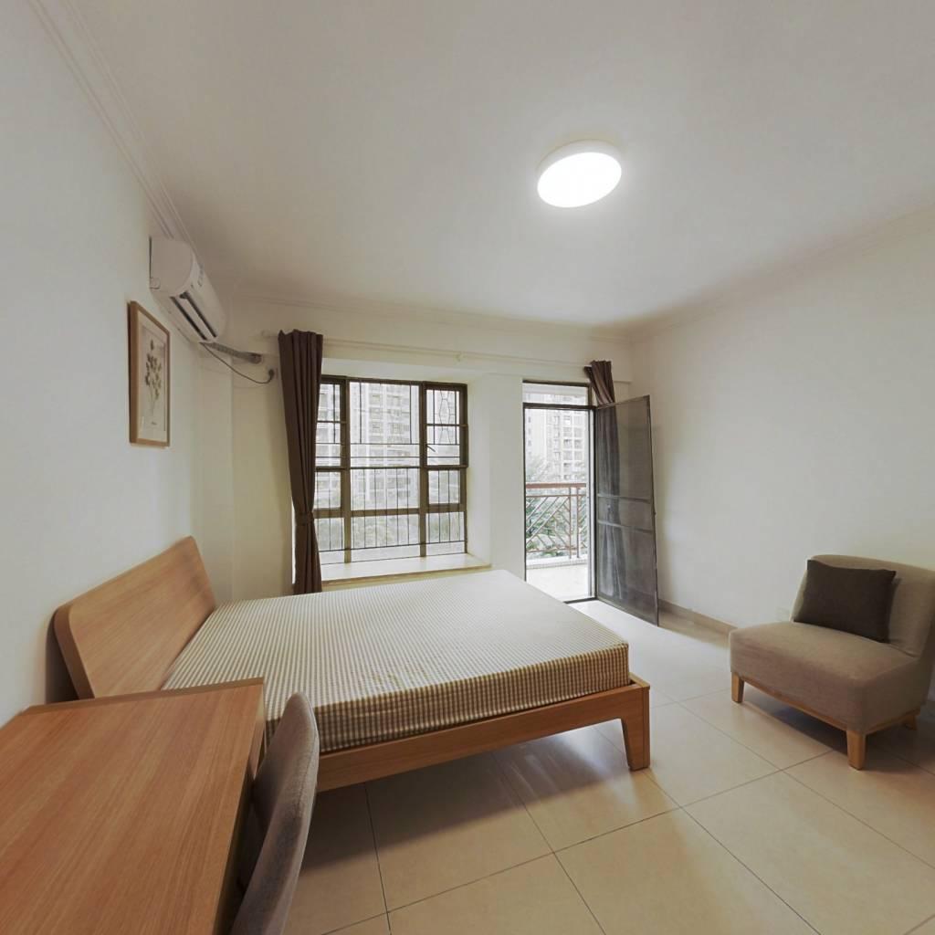 合租·纵横缤城 4室1厅 东北卧室图