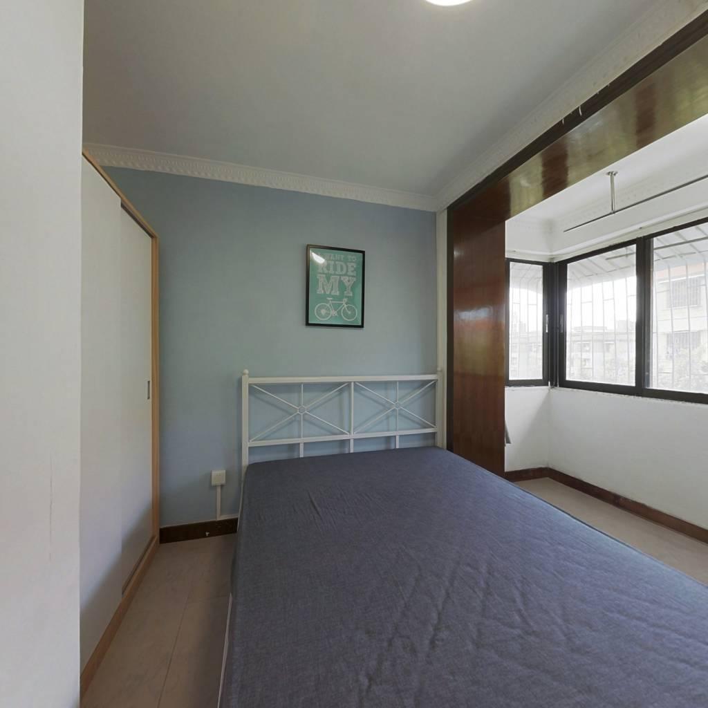 合租·爱榕园 4室1厅 南卧室图